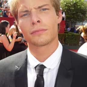 Hunter Parrish is listed (or ranked) 21 on the list Eren Jaeger Fantasy Casting