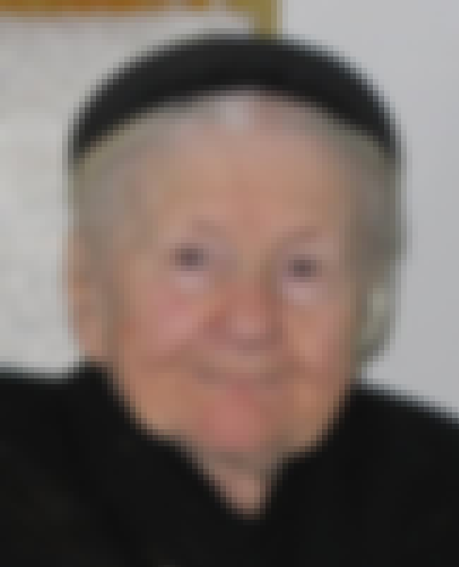 Irena Sendler is listed (or ranked) 6 on the list Famous Female Social Workers