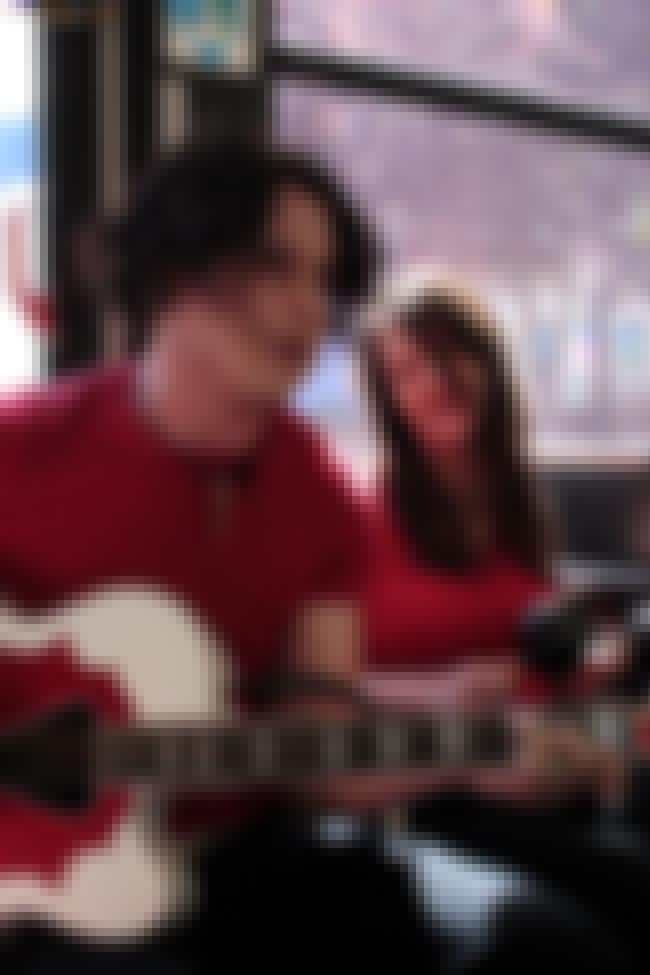 The White Stripes is listed (or ranked) 4 on the list 31 Bands That Are (or Were) Couples