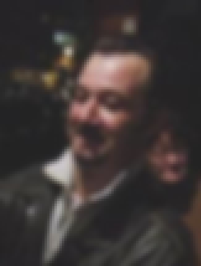 James Dreyfus is listed (or ranked) 3 on the list Gimme Gimme Gimme Cast List