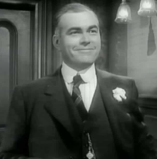 James Flavin is listed (or ranked) 2 on the list The Roaring 20's Cast List