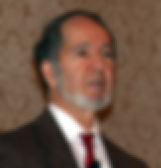 Jared Diamond is listed (or ranked) 5 on the list List of Famous Evolutionary Biologists