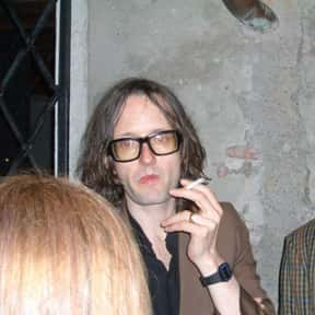 Jarvis Cocker is listed (or ranked) 16 on the list Famous Central Saint Martins College Of Art And Design Alumni