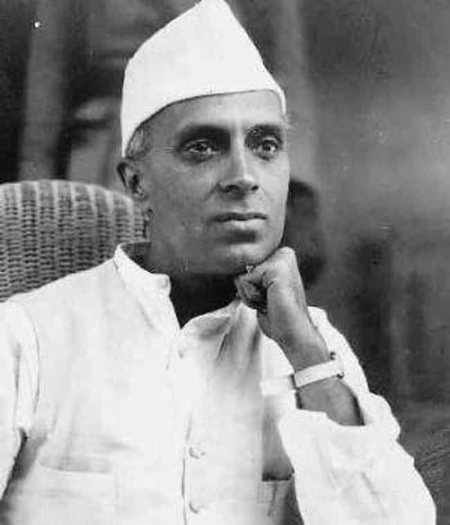 Jawaharlal Nehru is listed (or ranked) 2 on the list Famous People who Majored in Natural Science
