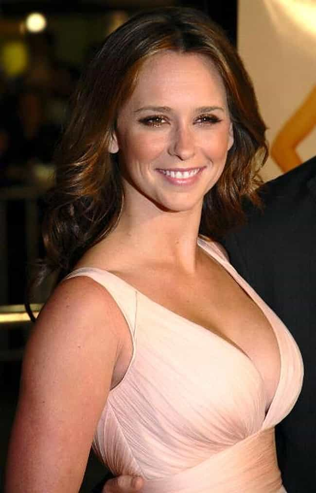 Jennifer Love Hewitt is listed (or ranked) 4 on the list Famous Female Voice Actors