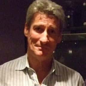 Jeremy Paxman is listed (or ranked) 16 on the list Famous Charterhouse School Alumni