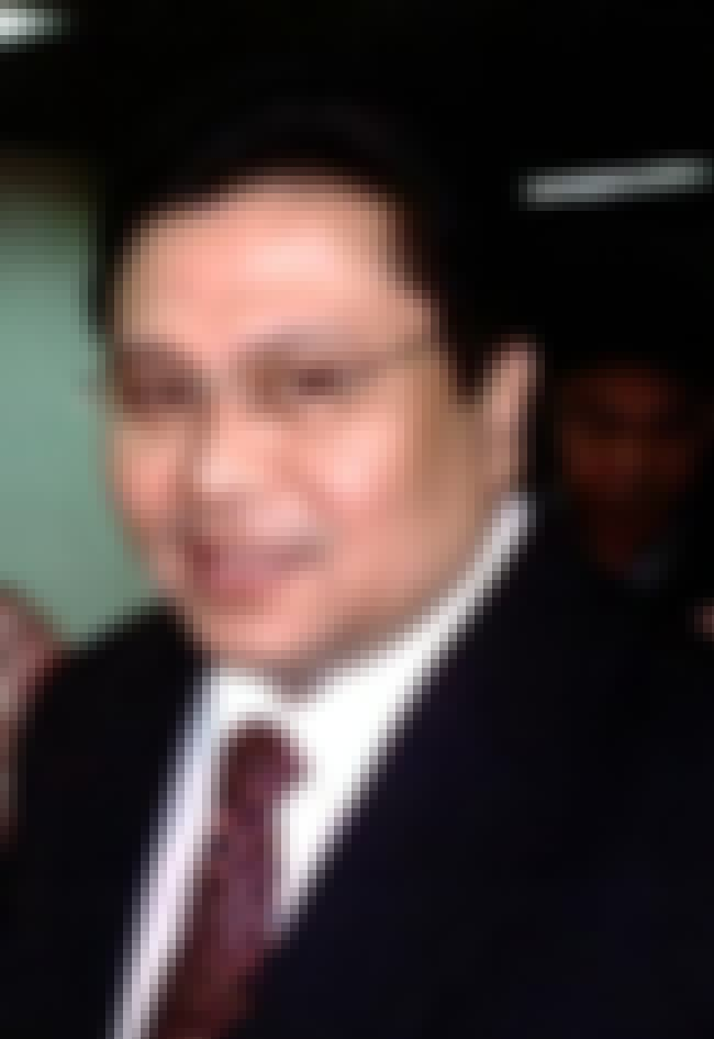 Jinggoy Estrada is listed (or ranked) 3 on the list Members of the Estrada Family