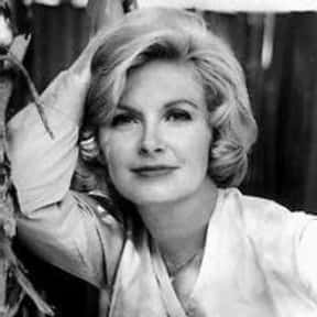 Joanne Woodward is listed (or ranked) 24 on the list Golden Apple Most Cooperative Actress Winners