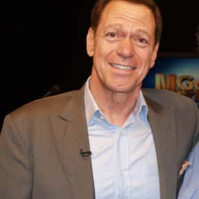 Joe Piscopo is listed (or ranked) 10 on the list Full Cast of Wise Guys Actors/Actresses