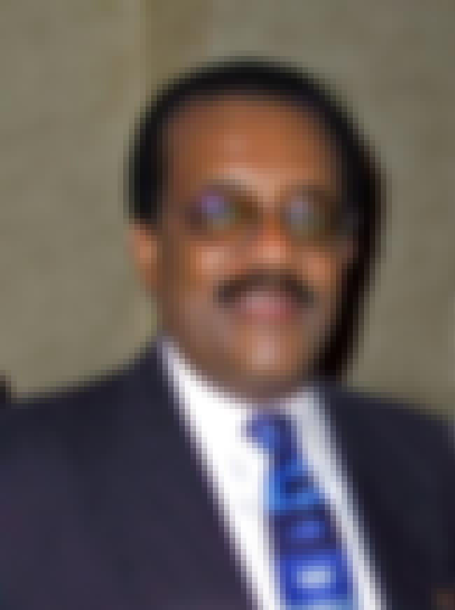 Johnnie Cochran is listed (or ranked) 3 on the list People from OJ Simpson's Trial: Where Are They Now?