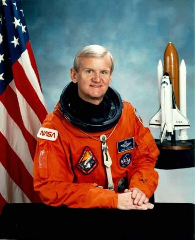 jim irwin astronaut family - 650×800