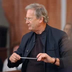 John Eliot Gardiner is listed (or ranked) 23 on the list Famous King's College, Cambridge Alumni