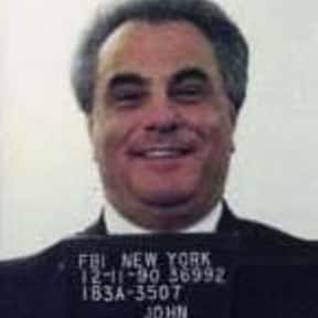 John Gotti is listed (or ranked) 21 on the list Famous People Who Died in 2002