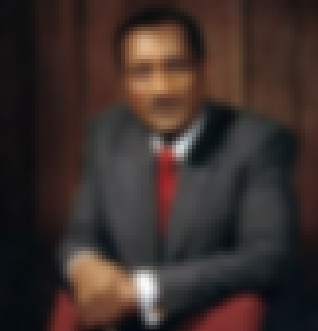 John H. Johnson is listed (or ranked) 2 on the list Famous DuSable High School Alumni