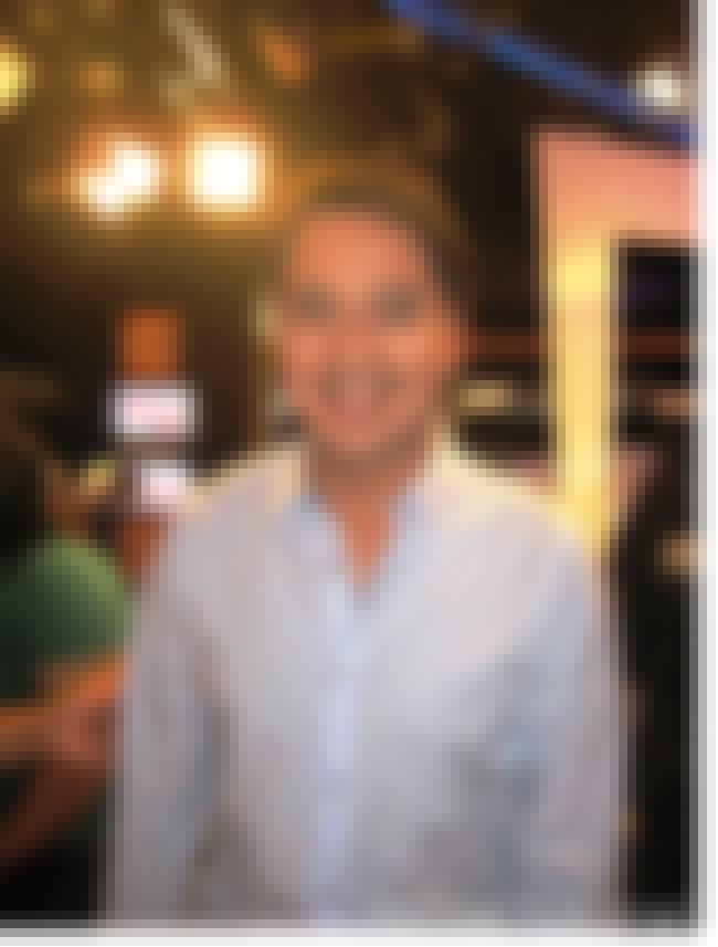 John Lloyd Cruz is listed (or ranked) 3 on the list Tabing Ilog Cast List