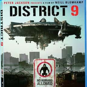 District 9 is listed (or ranked) 25 on the list The Best Movies of 2009