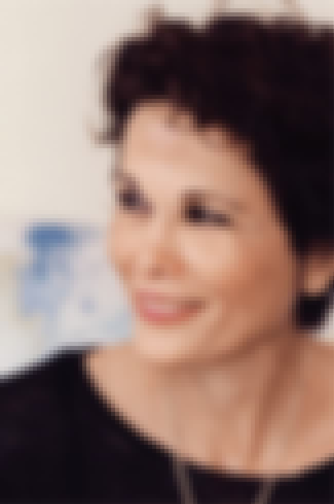Julia Alvarez is listed (or ranked) 2 on the list Famous Authors from Dominican Republic