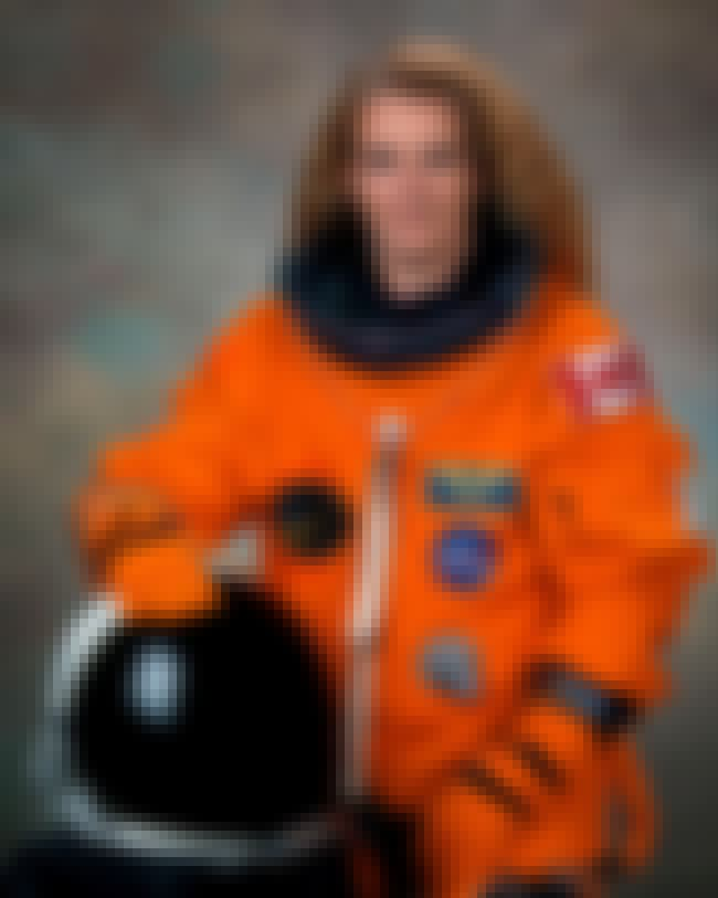 Julie Payette is listed (or ranked) 8 on the list List of Famous Flight Engineers