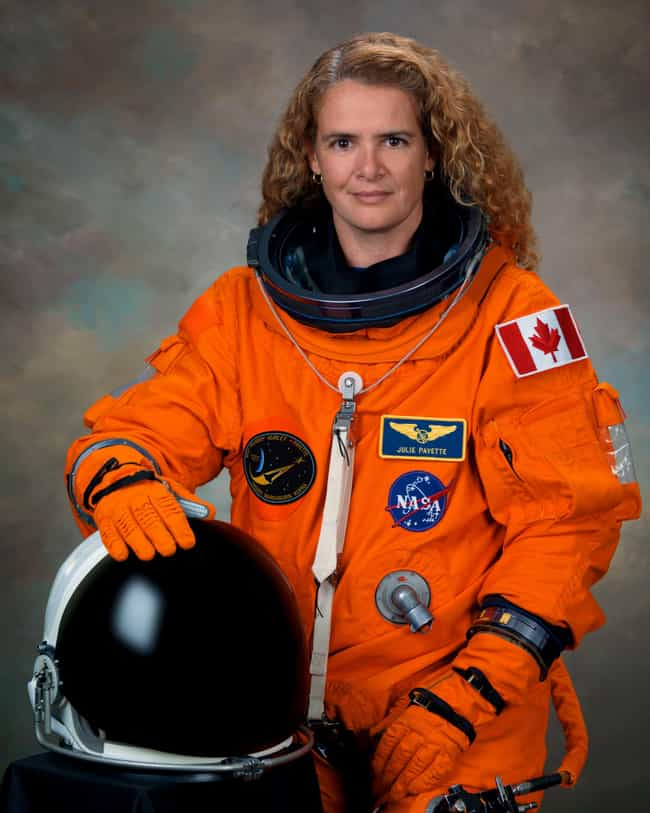 Julie Payette is listed (or ranked) 4 on the list Famous Female Flight Engineers