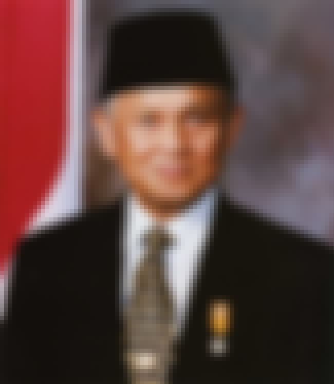 B. J. Habibie is listed (or ranked) 1 on the list Famous Bandung Institute Of Technology Alumni