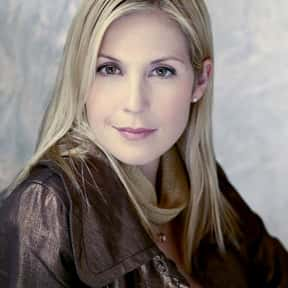 Kelly Rutherford is listed (or ranked) 18 on the list Famous People Named Kelly