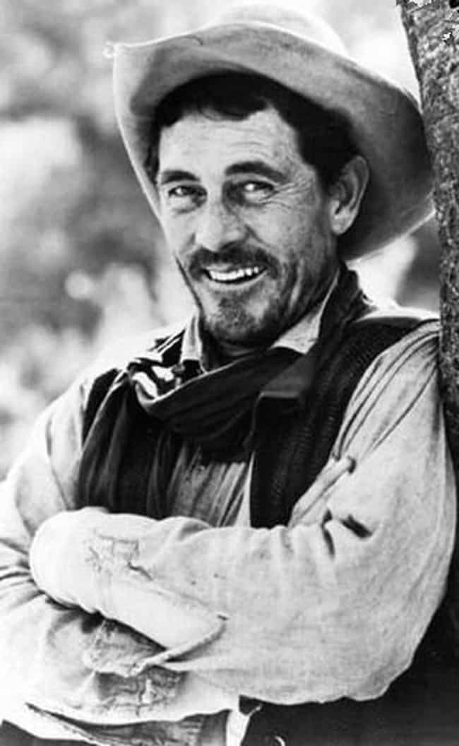 Ken Curtis is listed (or ranked) 3 on the list The Best Gunsmoke Actors