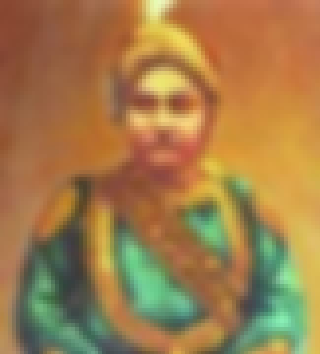 Khwaja Ahsanullah is listed (or ranked) 2 on the list Members of the Dhaka Nawab Family