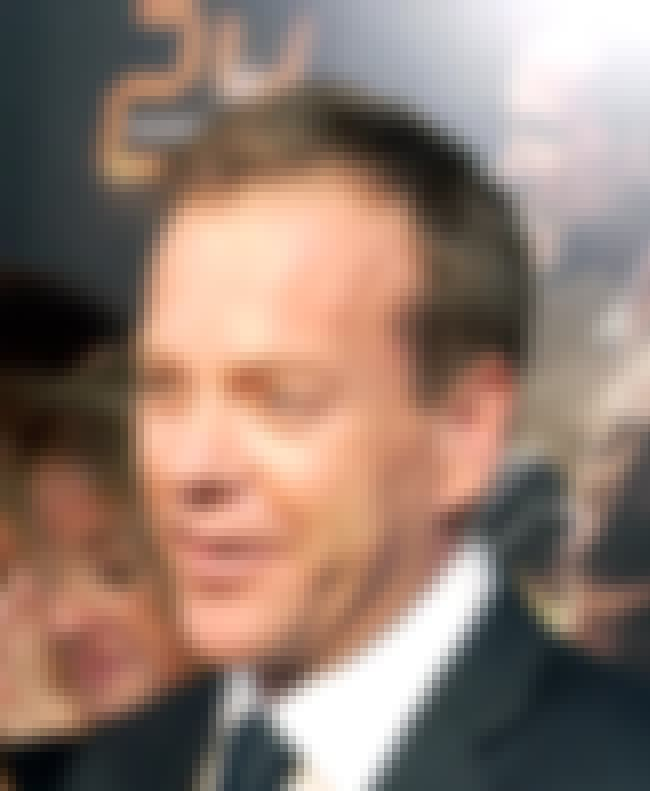 Kiefer Sutherland is listed (or ranked) 4 on the list Famous People Who Got Swindled