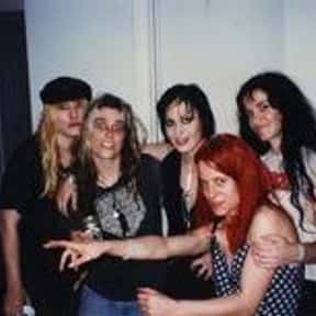 L7 is listed (or ranked) 19 on the list The Greatest Chick Rock Bands Ever