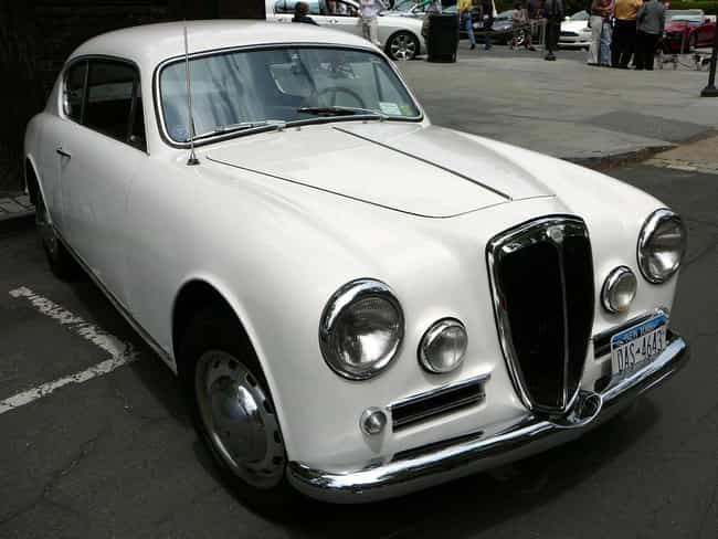 https://imgix.ranker.com/node_img/71/1409831/original/lancia-aurelia-automobile-models-photo-1?w=650&q=50&fm=jpg&fit=crop&crop=faces