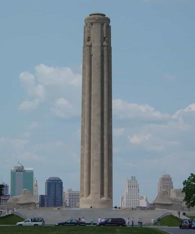 Liberty Memorial is listed (or ranked) 4 on the list Famous Egyptian Revival architecture buildings