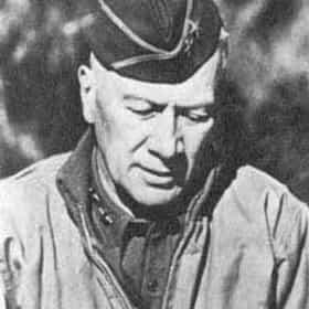 Lloyd Fredendall