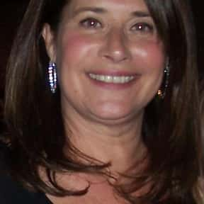 Lorraine Bracco is listed (or ranked) 10 on the list Even Cowgirls Get The Blues Cast List