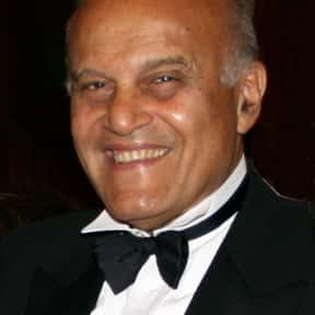 Magdi Yacoub is listed (or ranked) 10 on the list Famous Cairo University Alumni