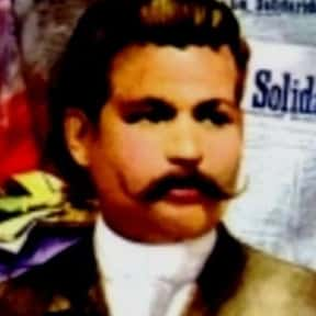 Marcelo H. del Pilar is listed (or ranked) 21 on the list List of Famous Revolutionaries
