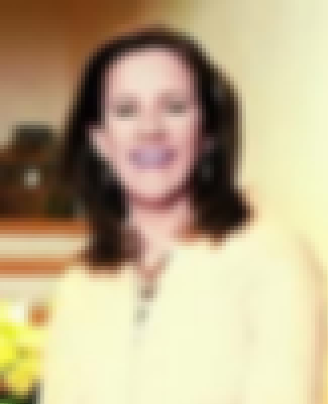 Margarita Zavala is listed (or ranked) 2 on the list Famous Escuela Libre De Derecho Alumni