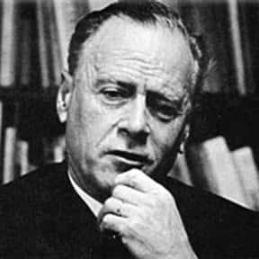 Marshall McLuhan is listed (or ranked) 10 on the list List of Famous Educators