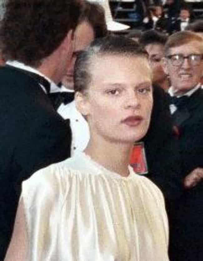 Martha Plimpton is listed (or ranked) 3 on the list Members of the Carradine Family