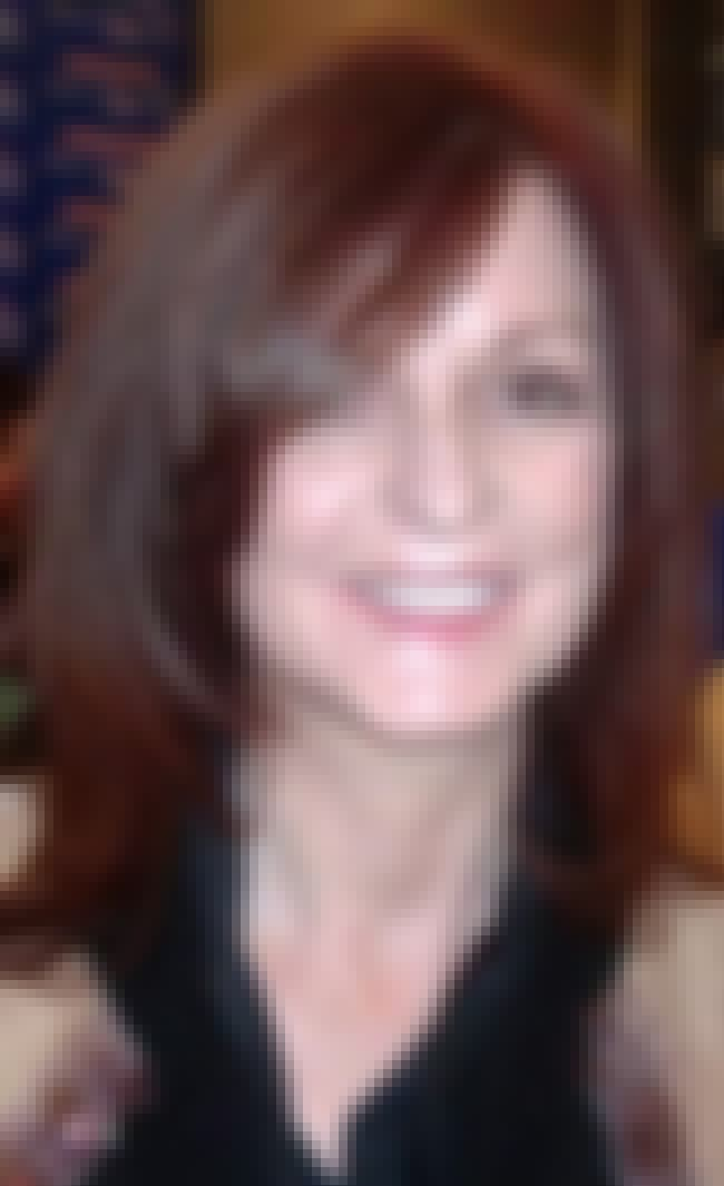 Maureen Dowd is listed (or ranked) 4 on the list List of Famous Columnists
