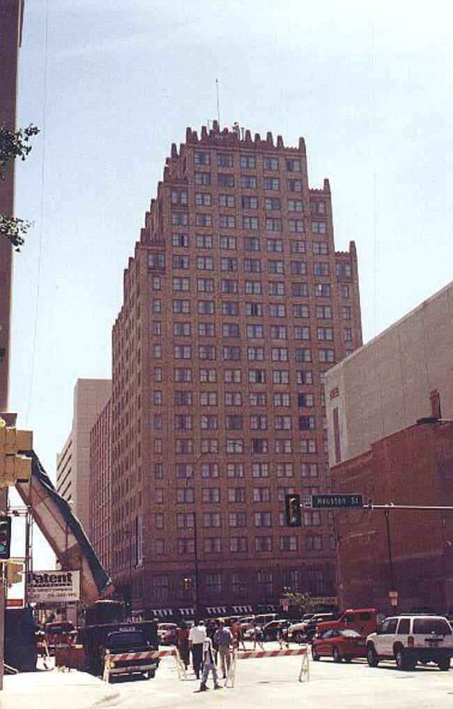 Blackstone Hotel is listed (or ranked) 4 on the list List of Famous Fort Worth Buildings & Structures