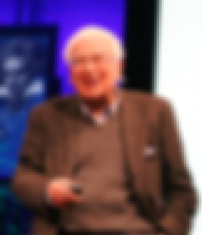 Murray Gell-Mann is listed (or ranked) 6 on the list The Top Ten Smartest Living People - Smartest People Alive