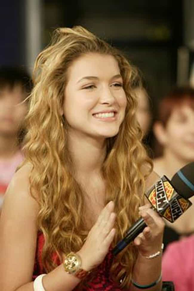 Nathalia Ramos is listed (or ranked) 4 on the list The Most Stunning Spanish Actresses