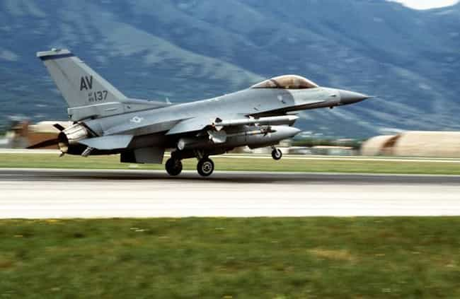 1995 NATO bombing campaign in ... is listed (or ranked) 4 on the list List Of Bosnian War Battles