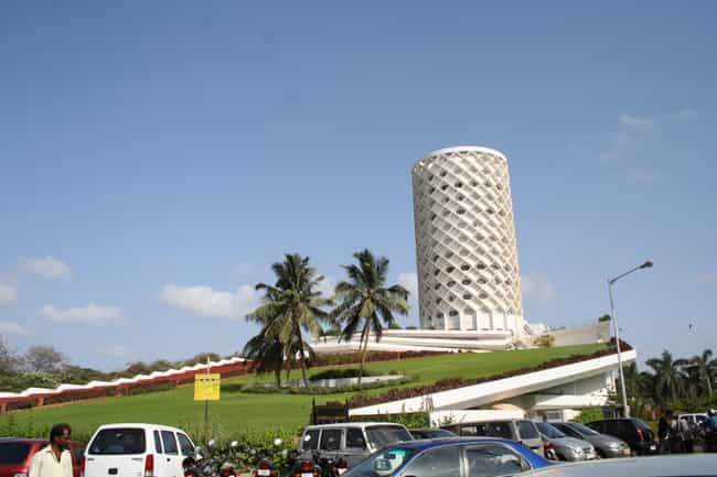 Nehru Planetarium is listed (or ranked) 3 on the list Bangalore Architecture: Famous Landmarks and Buildings