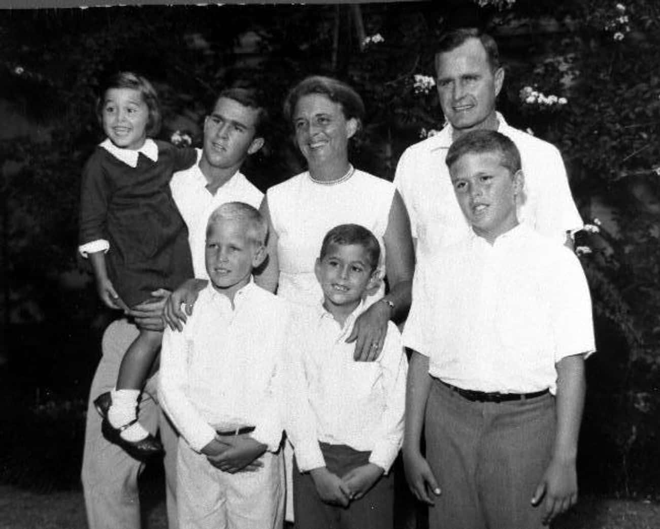 Neil Bush is listed (or ranked) 3 on the list 10 Presidential Siblings Who Embarrassed POTUS