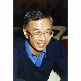 Howell Tong