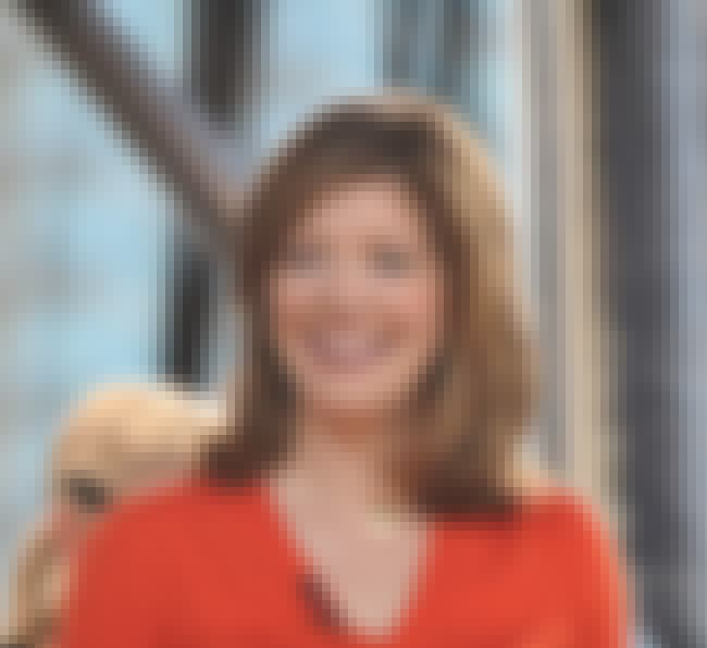 Norah O'Donnell is listed (or ranked) 2 on the list Famous MacArthur High School Alumni