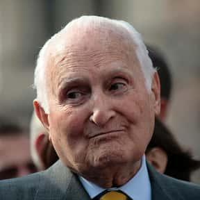 Oscar Luigi Scalfaro is listed (or ranked) 20 on the list Famous People Named Oscar