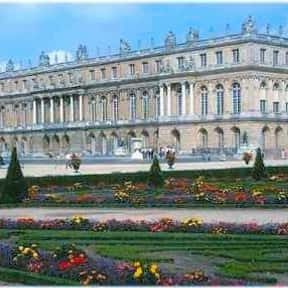 Palace of Versailles is listed (or ranked) 17 on the list Historical Landmarks to See Before You Die