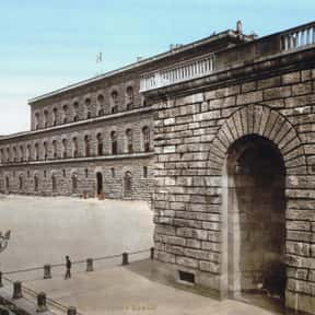 Palazzo Pitti is listed (or ranked) 1 on the list The Best Museums in the World